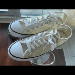 Clear Converse low rise